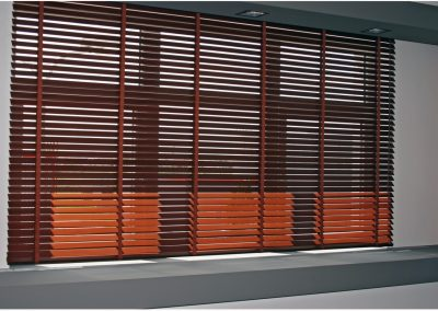 jaluzele-oriziontale-lemn-2